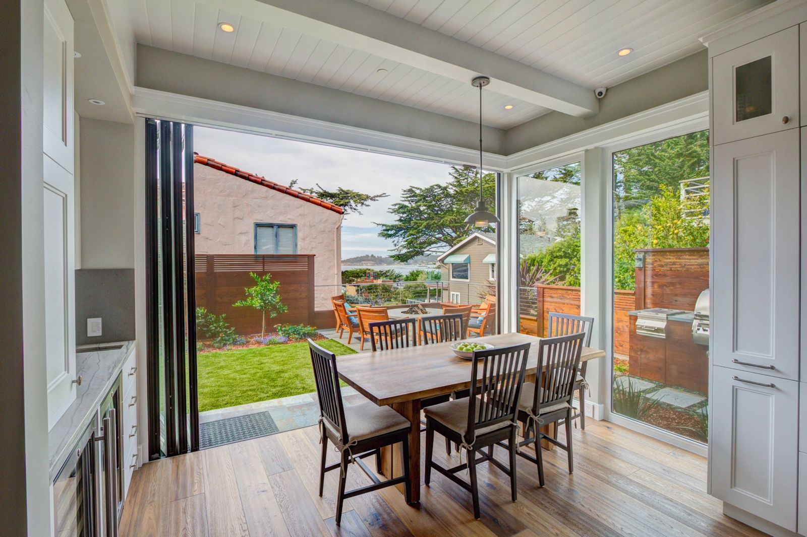 Transforming A 1950 Bungalow To A Luxurious Beach Cottage